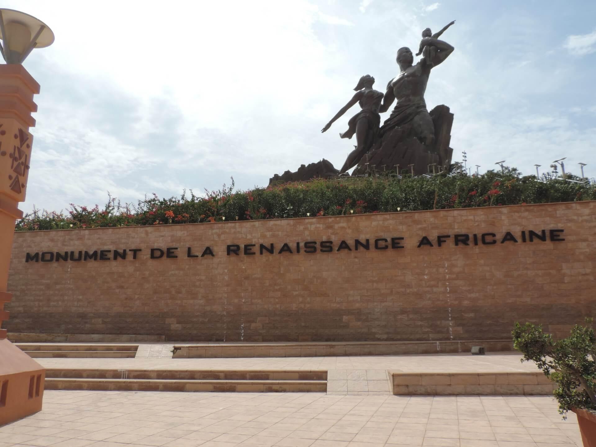 Dakar monument de la renaissance africaine