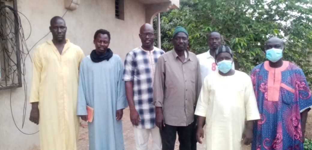 M. Diop en présence des autorités du village de Gandigal